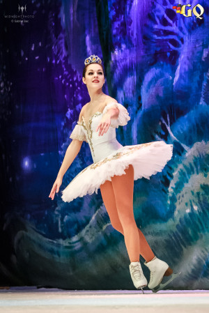 NutcrackerOnIce2016_38